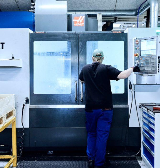 CNC-fräsmaskin